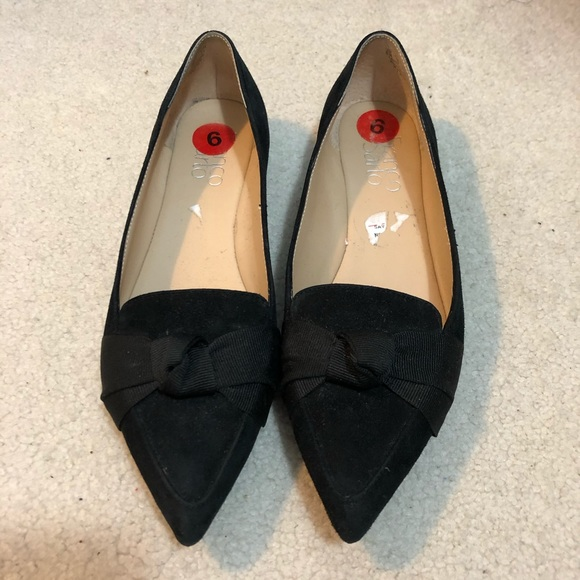 NWOB Franco Sarto Black Pointy Toe Bow Flats